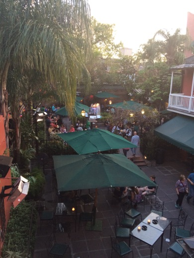 Pat O'Briens includes this outdoor area, too.